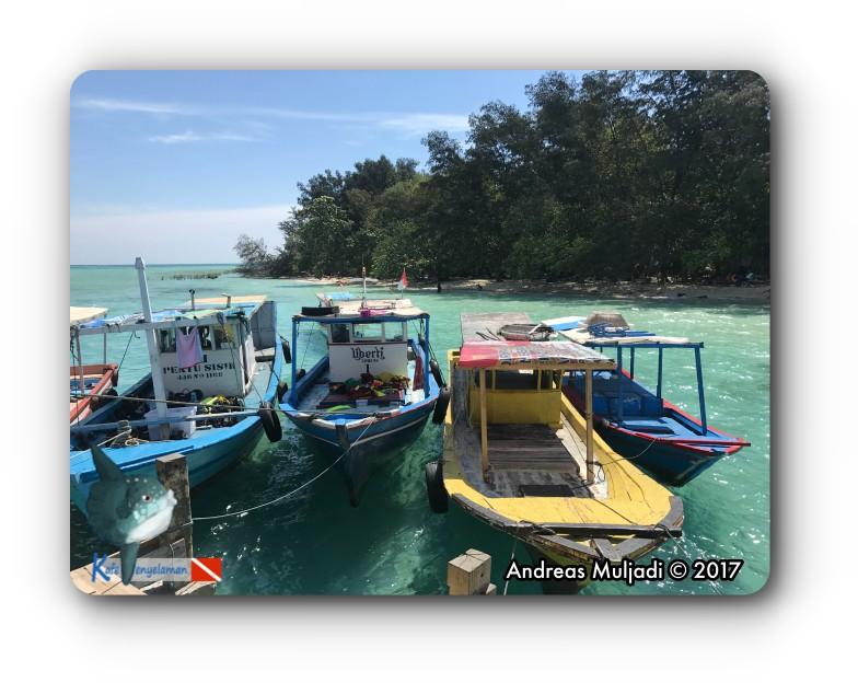 20170826_IMG_3041_Boats_SemakDaun_label