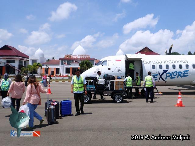 Garuda at Maimun Saleh Airport