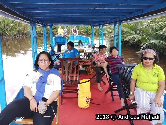 Menjelajah hutan Kalimantan