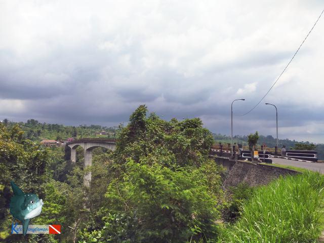 Jembatan Petang Yang Terkenal