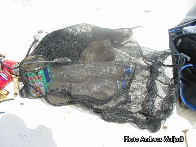 Racun ikan bukti bukti kegiatan ilegal
